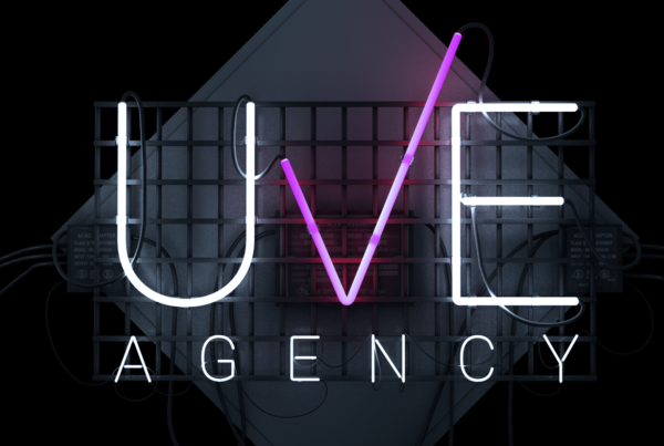 UVE-Agency-cover-de-neon-por-pablo-vozza-digital